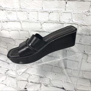 Donald j pliner Wedged black leather sandal slides